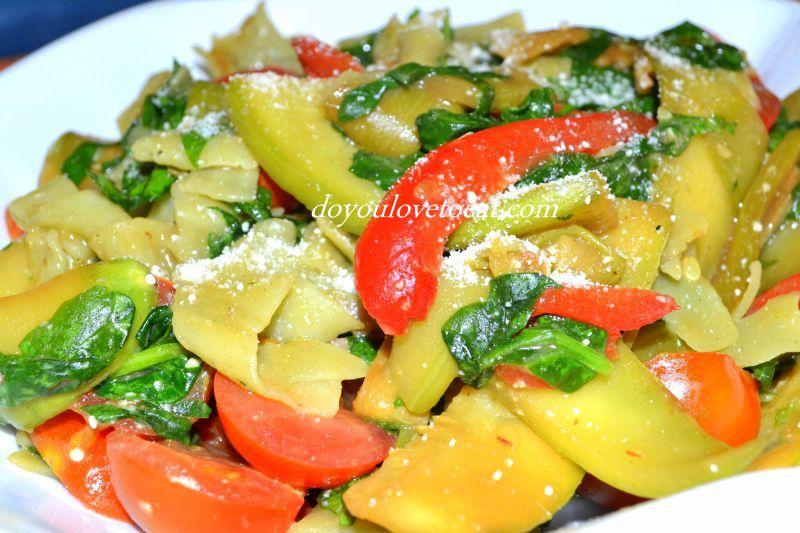 талиатели със спанак и зеленчуци