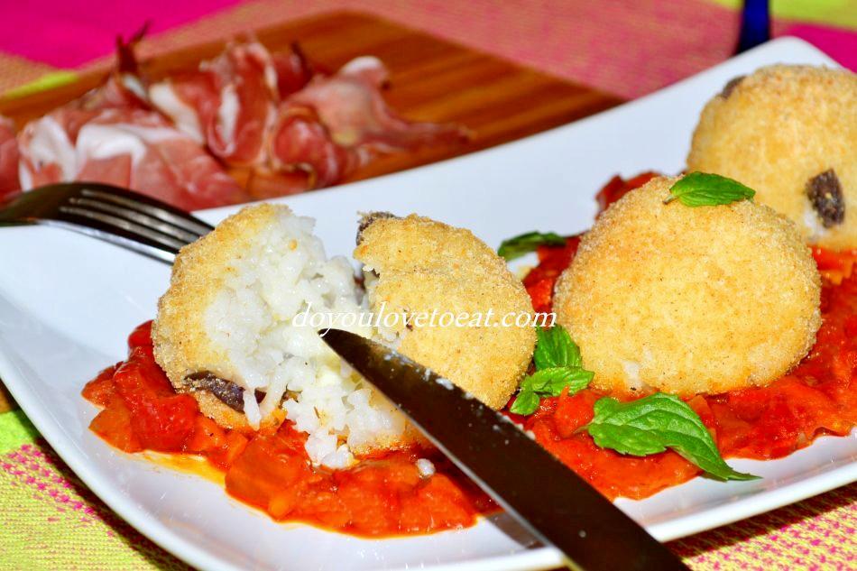 arancini with mozzarella