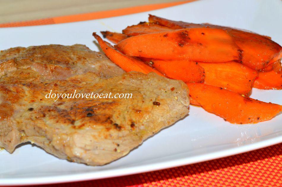 Телешки стек на тиган с глазирани моркови